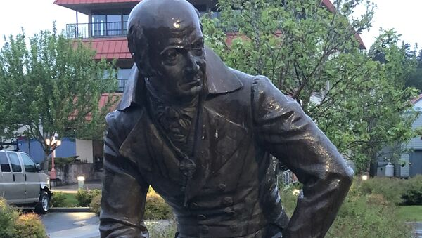 A monument to the governor of Russian settlements in North America, Alexander Baranov is pictured in the Alaskan city of Sitka, United States - Sputnik International