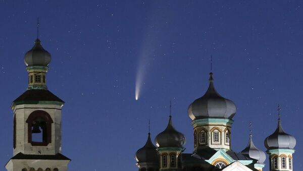 Комета C/2020 F3 над Белоруссией - Sputnik International