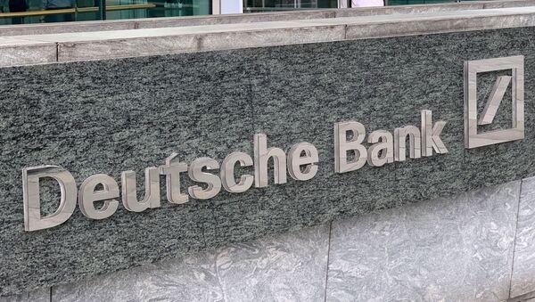 The logo of Deutsche bank is seen in Hong Kong, China July 8, 2019. - Sputnik International