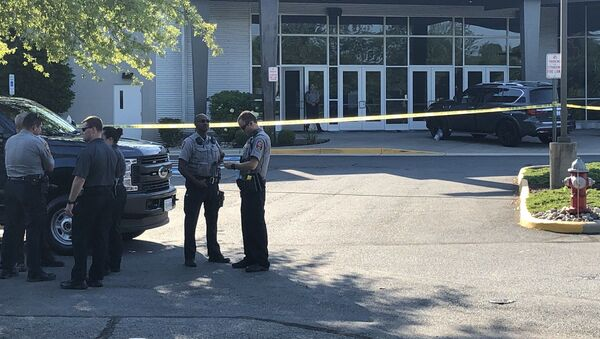 Police presence after a stabbing incident at Grove Covenant Church in Chantilly, Virginia - Sputnik International