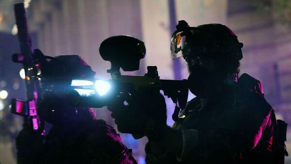 Federal law enforcement officers in Portland - Sputnik International