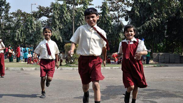 Playful schoolchildren at the Science City, Kolkata - Sputnik International