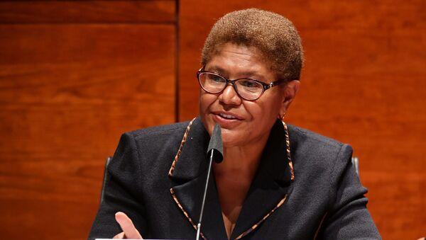 Rep. Karen Bass (D-CA) speaks on Capitol Hill in Washington, U.S.,  June 17, 2020. - Sputnik International