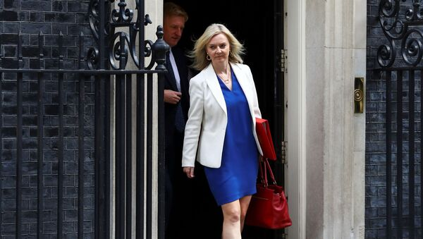 Britain's Secretary of State of International Trade and Minister for Women and Equalities Liz Truss leaves Downing Street, in London, Britain, July 14, 2020.  - Sputnik International
