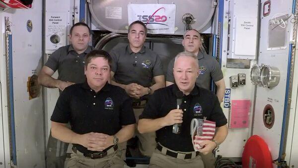 Astronauts Bob Behnken and Doug Hurley - Sputnik International