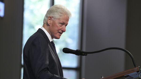 Former President Bill Clinton speaks during the funeral service for the late Rep. John Lewis, D-Ga., at Ebenezer Baptist Church in Atlanta, 30 July 2020. - Sputnik International