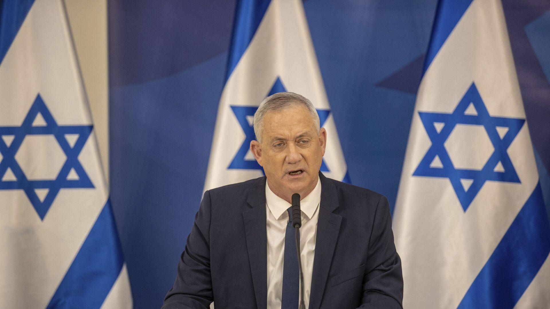 Israeli Defense Minister Benny Gantz issues a statement at the Israeli Defense Ministry in Tel Aviv, Israel, Monday, July 27, 2020. - Sputnik International, 1920, 17.09.2021