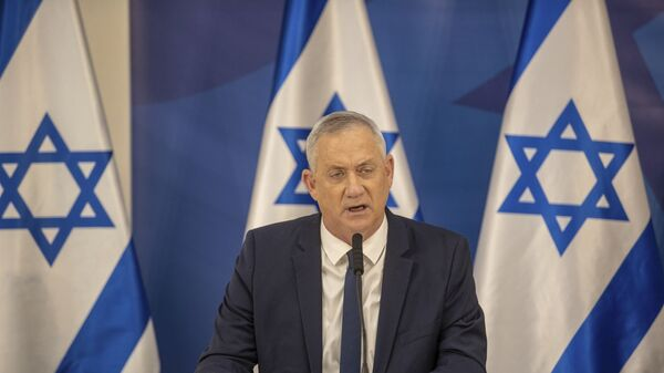 Israeli Defense Minister Benny Gantz issues a statement at the Israeli Defense Ministry in Tel Aviv, Israel, Monday, July 27, 2020. - Sputnik International