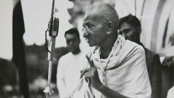 Mahatma Gandhi in a photo from a period album collected by AP reporter James A. Mills, ca. 1931. - Sputnik International