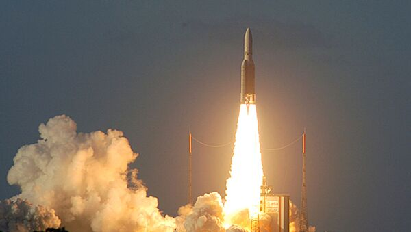 This image provided by the European Space Agency (ESA) shows the European rocket Ariane 5 ECA lifting off in Kourou, French Guiana, carrying a payload of precious satellites, Saturday Feb.12, 2005. The launch of europe's most powerful rocket was successful, more than two years after its inaugural flight in disaster - Sputnik International