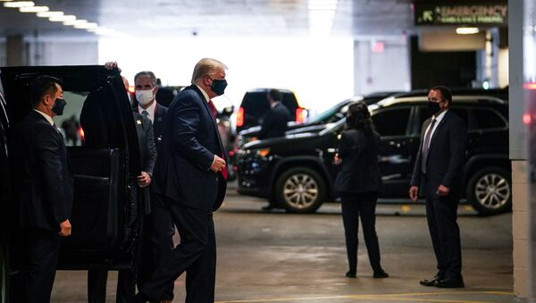 U.S. President Donald Trump arrives at the New York Presbyterian Hospital to visit his younger brother Robert Trump in New York City, U.S., August 14, 2020. - Sputnik International