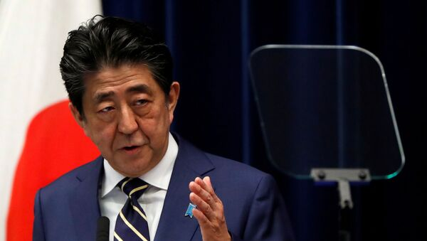 Japan's Prime Minister Shinzo Abe holds a news conference on Japan's response to the coronavirus disease (COVID-19) outbreak, at his official residence in Tokyo, Japan, March 28, 2020 - Sputnik International