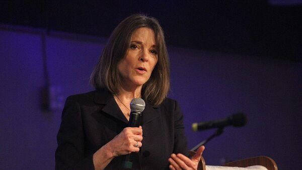 Marianne Williamson speaks at Unity Church in Omaha, Nebraska, on November 17, 2019 - Sputnik International