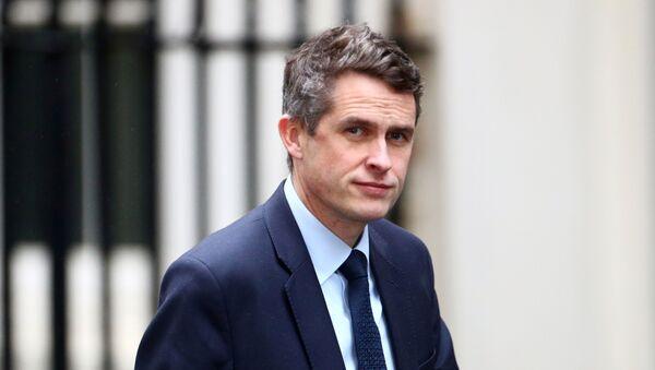 FILE PHOTO: Britain's Education Secretary Gavin Williamson is seen at Downing Street in London, Britain, December 17, 2019. REUTERS/Hannah McKay/File Photo - Sputnik International