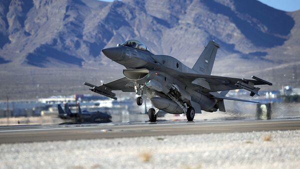 F-16 UAE  - Sputnik International