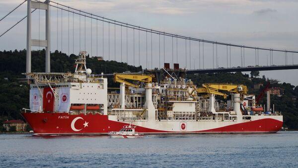 Turkey's drilling vessel Fatih in Istanbul - Sputnik International