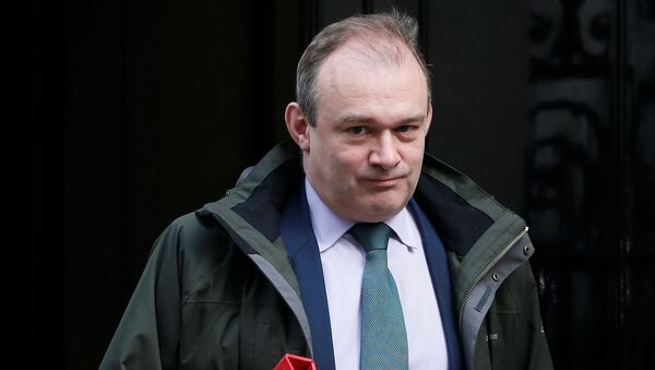 Britain's Secretary of State for Energy and Climate Change Ed Davey leaves 10 Downing Street in central London, March 18, 2015 - Sputnik International