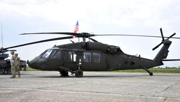 American battle helicopter Sikorsky UH-60 Black Hawk during NATO military drills in Georgia - Sputnik International