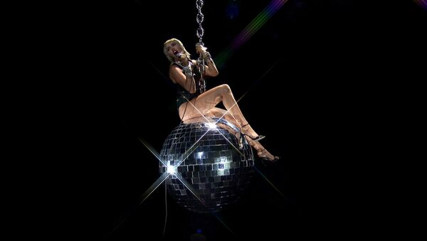 Miley Cyrus performs during the 2020 MTV VMAs in this screen grab image made available on 30 August 2020 - Sputnik International