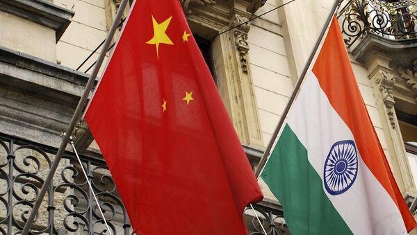 India China flags - Sputnik International