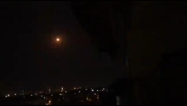 Syrian air defenses intercept an incoming missile over Damascus on August 31, 2020 - Sputnik International
