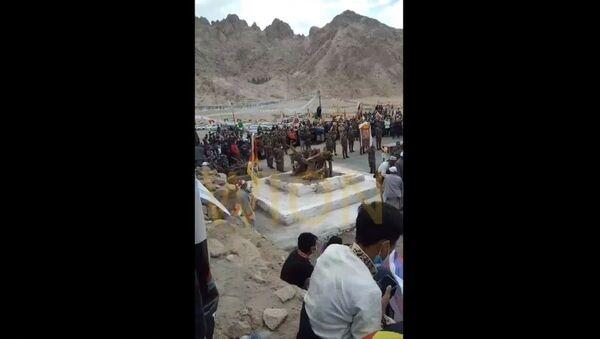 Special Frontier Forces's Nima Tenzin being cremated in Ladakh amidst presence of Tibetan community & Tibetan holy prayers  - Sputnik International