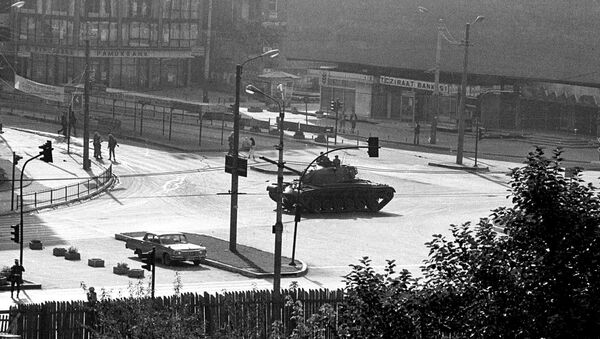 A tank on the street in Ankara during the 1980 coup - Sputnik International