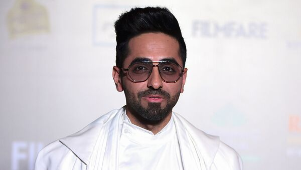 In this picture taken on December 3, 2019  Bollywood actor Ayushmann Khurrana arrives at the Filmfare Glamour and Style Awards in Mumbai - Sputnik International