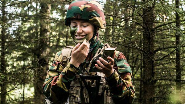 Belgian Crown Princess Elisabeth takes part in a military initiation training at Elsenborn Belgian army camp in Butgenbach, Belgium September 10, 2020.  - Sputnik International