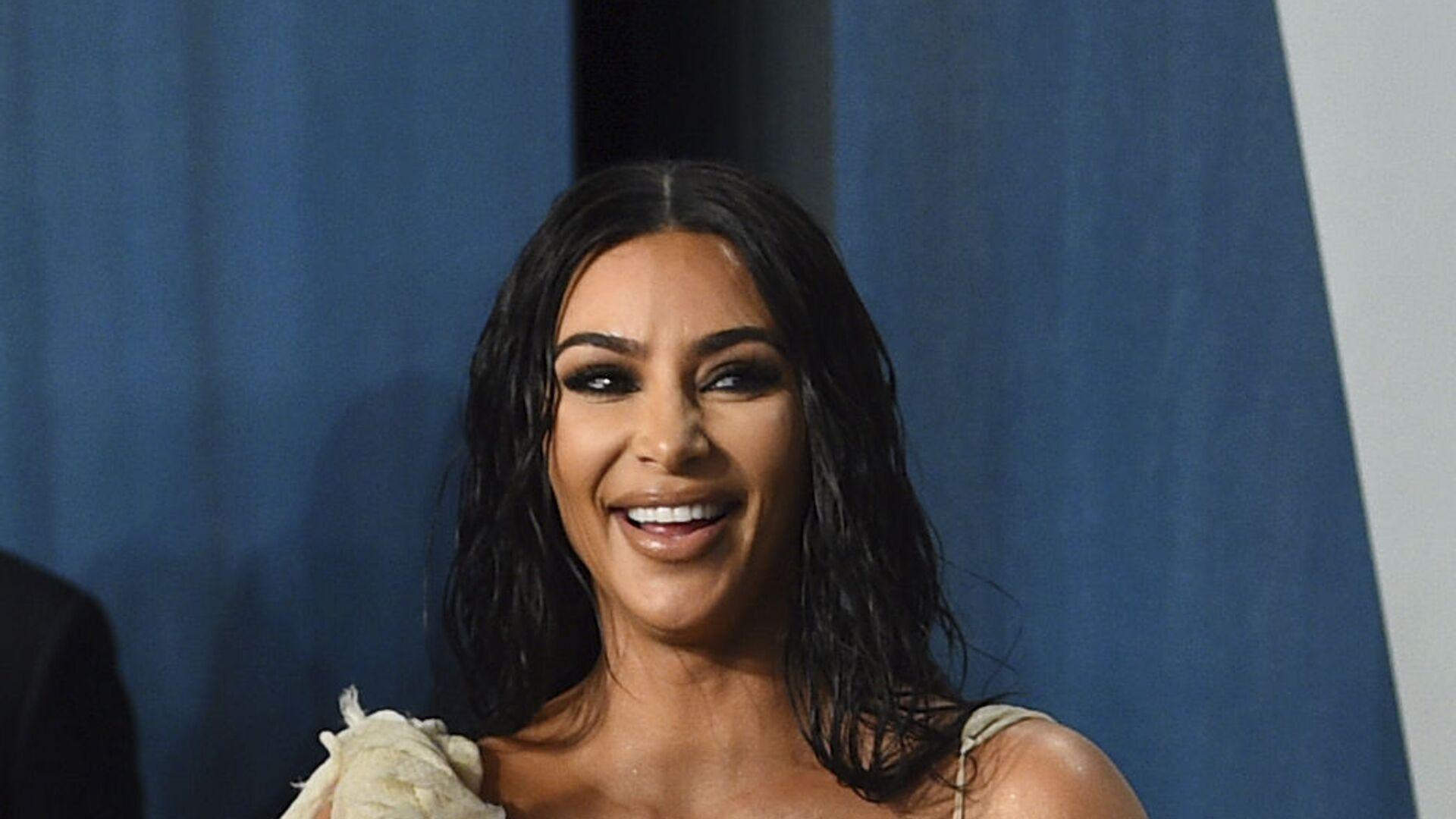 Kim Kardashian arrives at the Vanity Fair Oscar Party on Sunday, Feb. 9, 2020, in Beverly Hills, Calif - Sputnik International, 1920, 18.09.2021