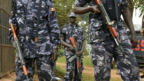 Ugandan police officers stand guard (File) - Sputnik International