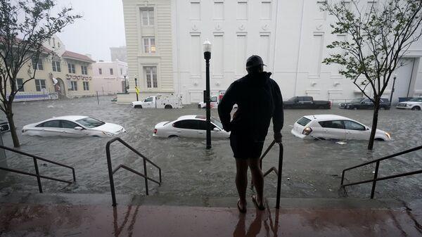 Наводнение в Пенсаколе, штат Флорида - Sputnik International