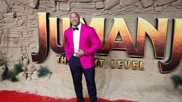 Actor Dwayne Johnson poses as he arrives to the premiere of Jumanji: The Next Level in London, Britain December 5, 2019. - Sputnik International