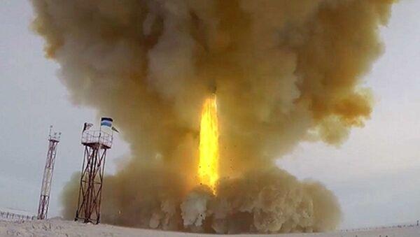 Hypersonic rocket complex Avangard - Sputnik International