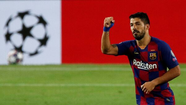 Soccer Football - Champions League - Round of 16 Second Leg - FC Barcelona v Napoli - Camp Nou, Barcelona, Spain - August 8, 2020  Barcelona's Luis Suarez celebrates scoring their third goal, as play resumes behind closed doors following the outbreak of the coronavirus disease (COVID-19) - Sputnik International