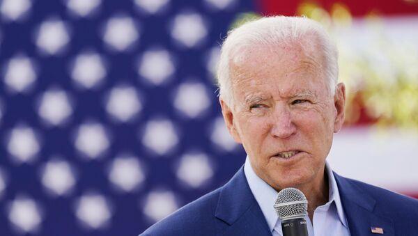 Democratic U.S. presidential nominee Joe Biden speaks to attendees at an outdoor Black Economic Summit while campaigning for president in Charlotte, North Carolina, U.S., September 23, 2020 - Sputnik International