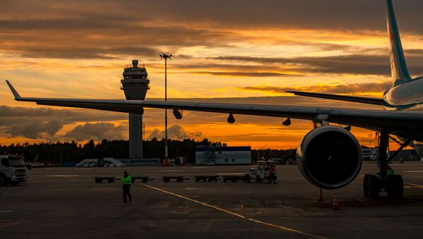 A view of the plane at sunset at the Pulkovo airport in St. Petersburg, Russia, June 9, 2018 - Sputnik International