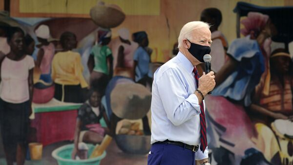 Democratic presidential candidate former Vice President Joe Biden speaks at the Little Haiti Cultural Complex, Monday, Oct. 5, 2020, in Miami. - Sputnik International