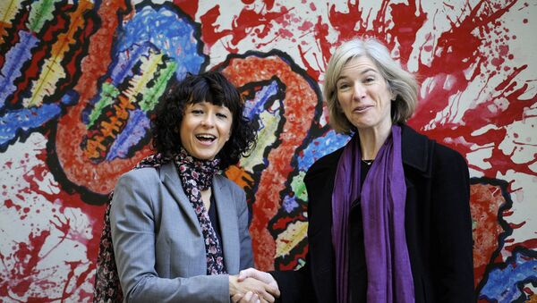 FILE PHOTO: French microbiologist Emmanuelle Charpentier (L) and professor Jennifer Doudna of the U.S. pose for the media during a visit to a painting exhibition by children about the genome, at the San Francisco park in Oviedo, SPAIN, October 21, 2015 - Sputnik International
