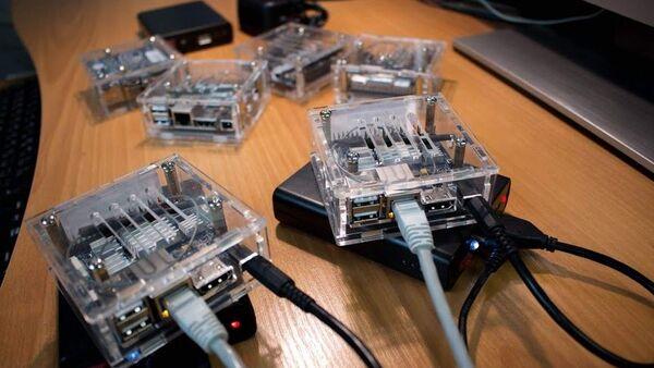 NetTestBox 1.0 - Sputnik International
