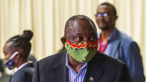 South African President Cyril Ramaphosa arrives at the NASREC Expo Centre in Johannesburg on 24 April 2020.  - Sputnik International