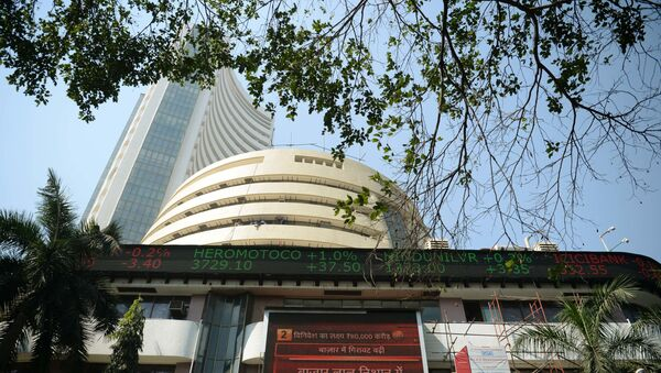 A live ticker shows the 30 share index (Sensex) on the facade of the Bombay Stock Exchange (BSE) in Mumbai on 1 February 2018.  - Sputnik International