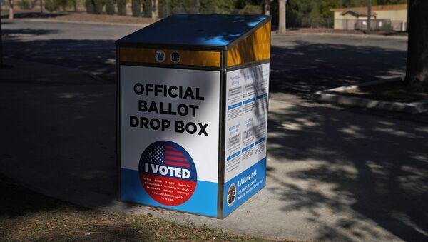 An official ballot drop box is seen Wednesday, Oct. 14, 2020, in Santa Clarita, Calif. - Sputnik International