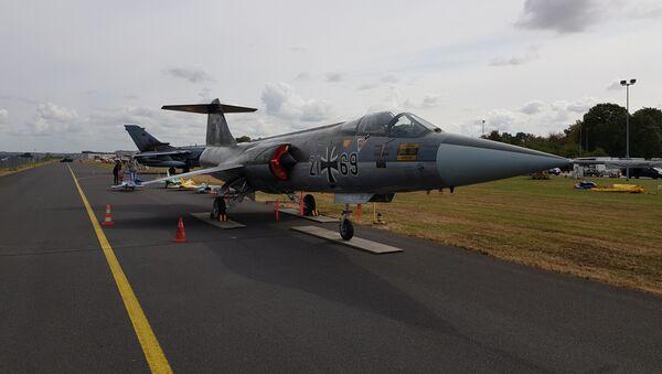 Lockheed F-104G Starfighter Luftwaffe 21+69 seen at the air base in Nörvenich - Sputnik International