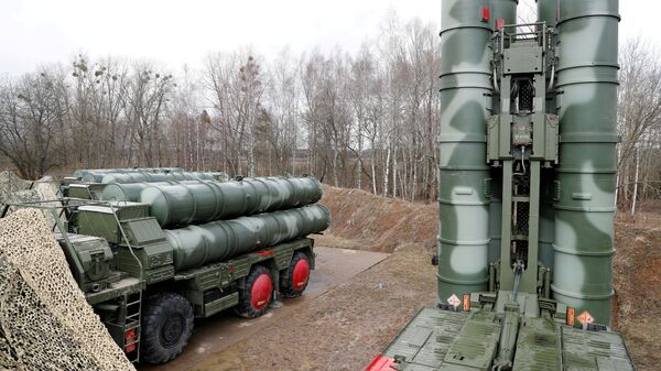 S-400 Triumph surface-to-air missile system is shown after its stationing at a military base outside the town of Gvardeysk near Kaliningrad, Russia, March 11, 2019 - Sputnik International