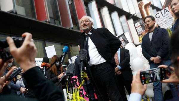 WikiLeaks founder Julian Assange's father John Shipton speaks outside the Old Bailey, the Central Criminal Court on the final day of a hearing to decide whether Assange should be extradited to the United States, in London, Britain October 1, 2020.  - Sputnik International