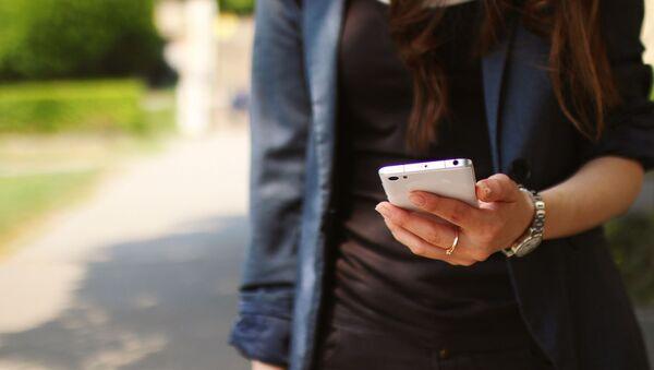 iPhone woman - Sputnik International