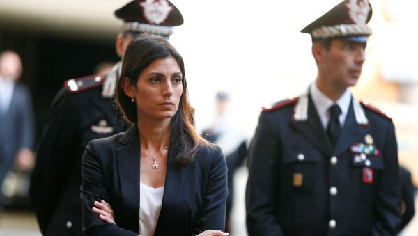 Mayor of Rome Virginia Raggi arrives to pay tribute to a slain police officer killed in Rome, Italy, 28 July 2019. - Sputnik International