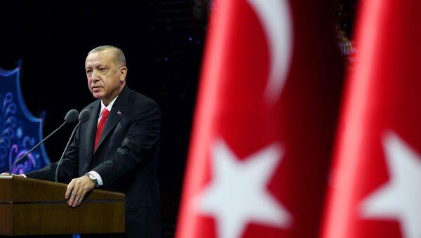 Turkish President Tayyip Erdogan makes a speech during a meeting in Ankara, Turkey October 26, 2020 - Sputnik International