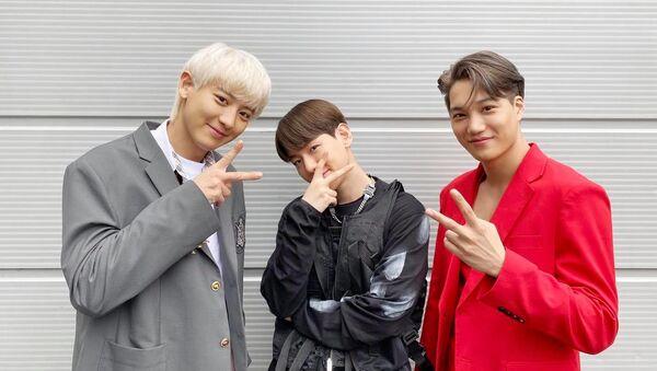 EXO's Chanyeol, Baekhyun and Kai are posing together - Sputnik International
